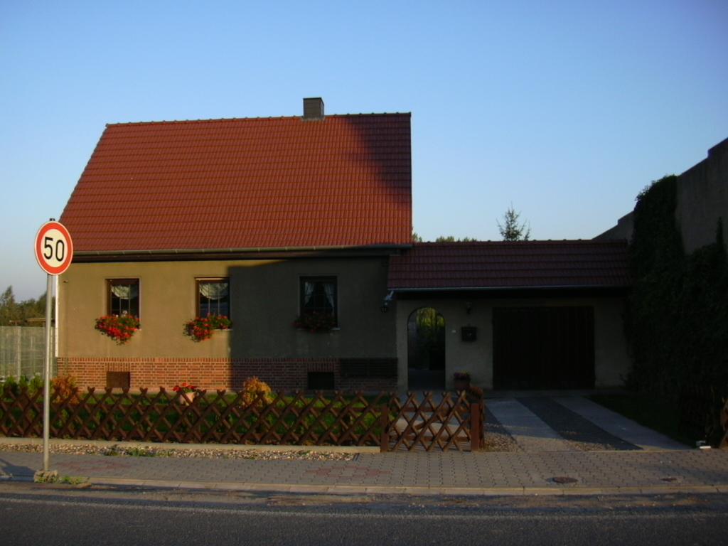 fassadensanierung amesdorf. Black Bedroom Furniture Sets. Home Design Ideas